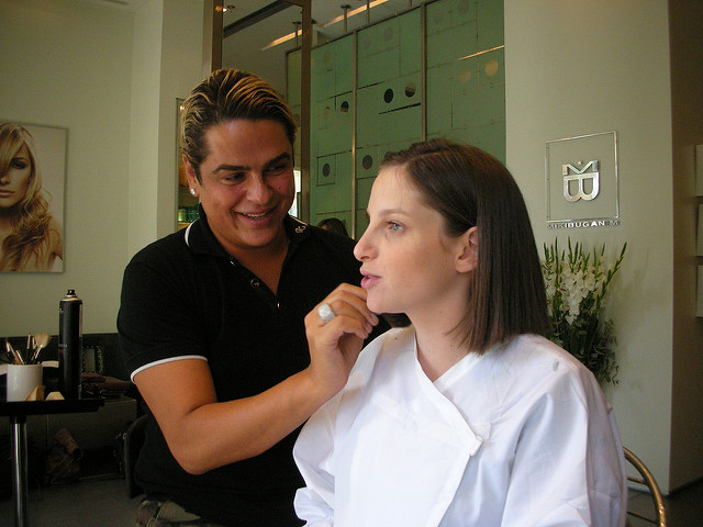 spectrophotometers for makeup can make selecting the right base foundation easier